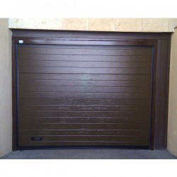 PS MDO - Puerta seccional acanalada madera oscura W96 (m2)