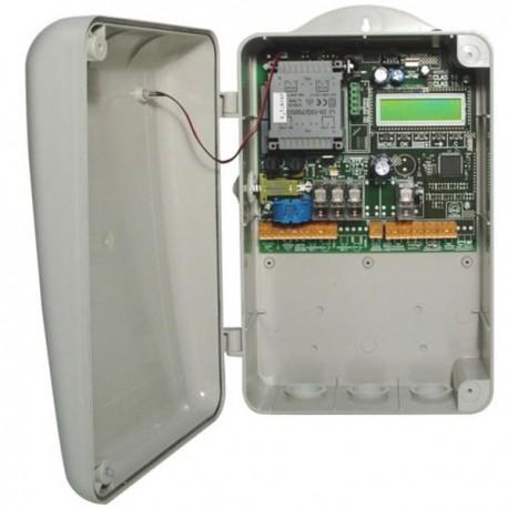 CLAS 16 - Cuadro de Control programable para una cancela.